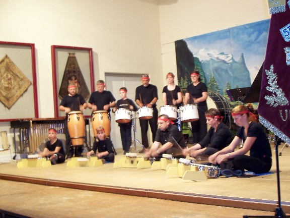 drumband3_7_2005_small-large